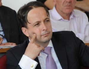 Osservatorio italiano montenegro gegaj nuovo for Nuovo parlamento italiano